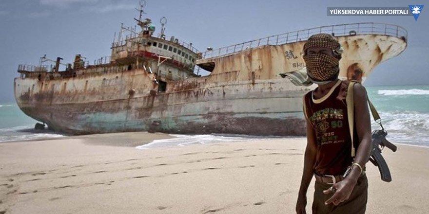 Korsanlar Nijerya'da 10 Türk denizciyi kaçırdı