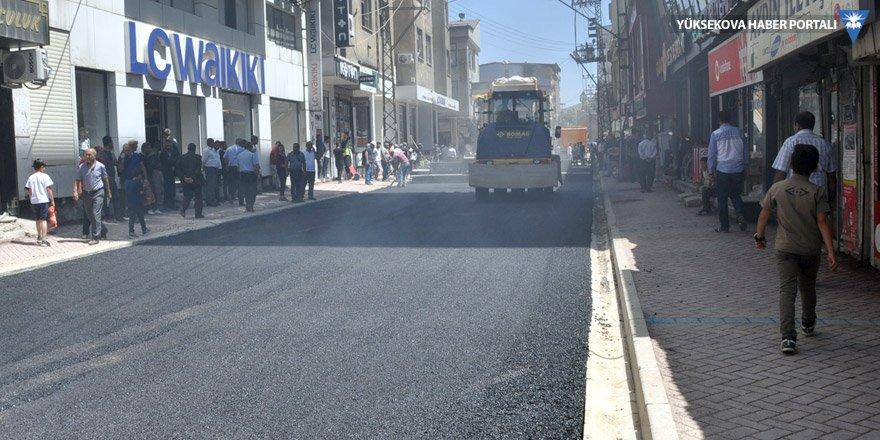 Yüksekova Nedim Zeycan Caddesi asfaltlandı