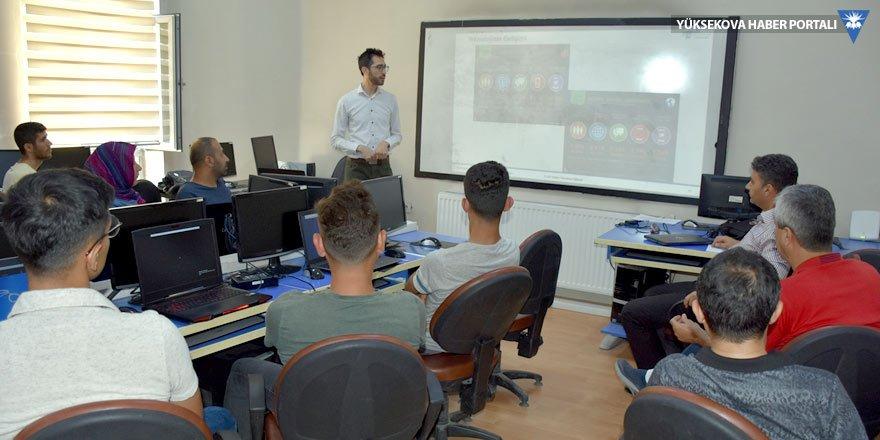 Hakkari'de kamu personellerine siber güvenlik eğitimi