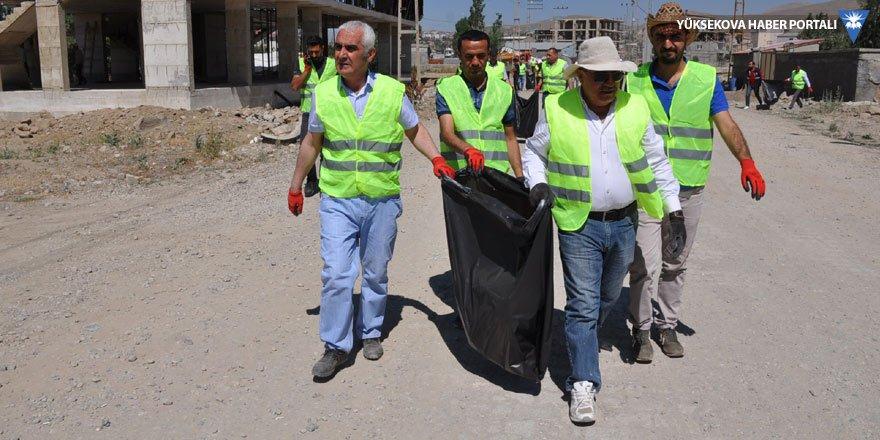 Yüksekova Belediyesi'nden çevre temizliği