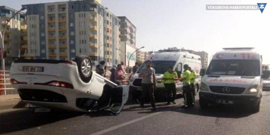 Diyarbakır'da iki araç çarpıştı: 5 yaralı