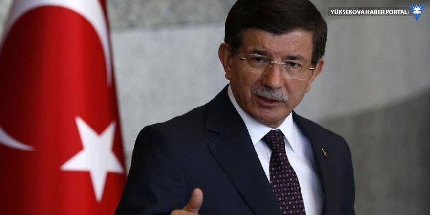 Ak Parti Davutoğlu'na ders oldu