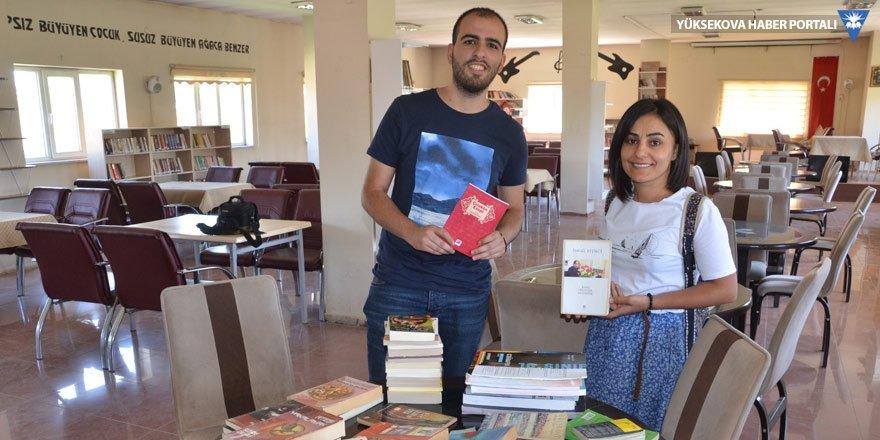 Yüksekova'daki kitap kampanyasına destek sürüyor