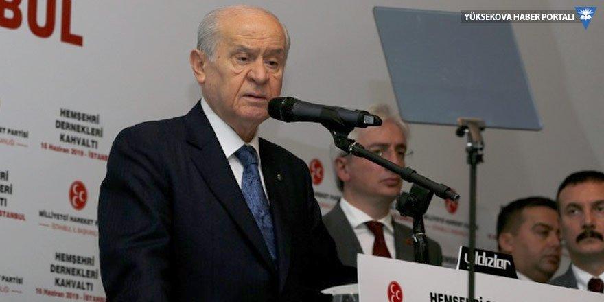Bahçeli'den Davutoğlu'na: Serok Ahmet nifak aşılamakla meşgul