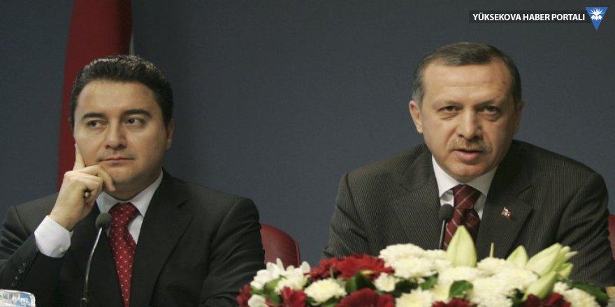 AK Parti kurucuları listesinden 14 kişi çıkarıldı