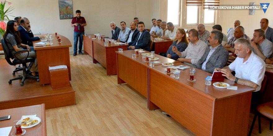 Hakkari Belediyesi, ilk muhtar toplantısını yaptı
