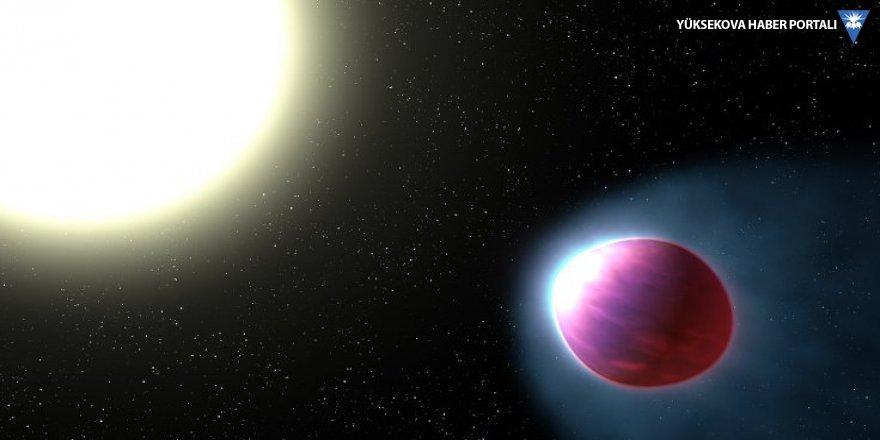 Futbol topu şeklinde bir öte gezegen keşfedildi