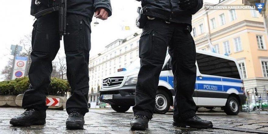 Almanya'da Türkçe konuşan kadınlara ırkçı saldırı