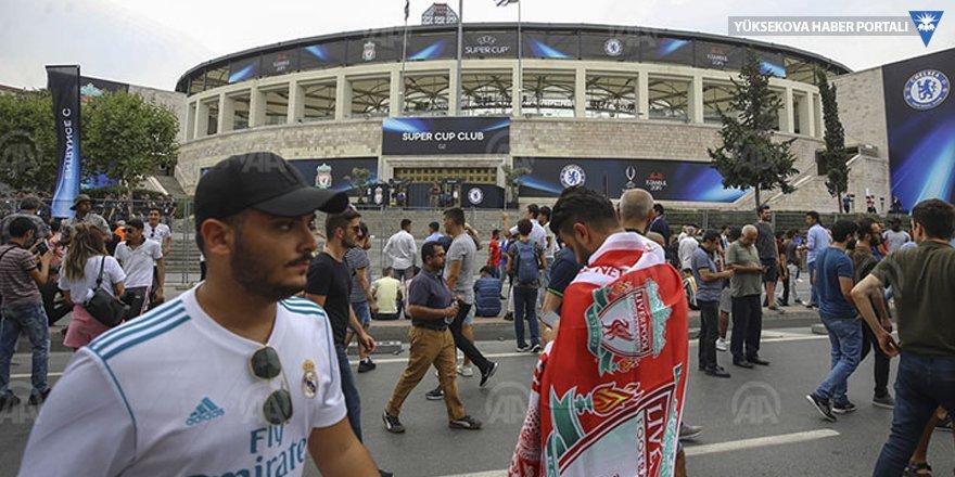 UEFA'nın tanıtımında 'şerefinle ile oyna' sloganı