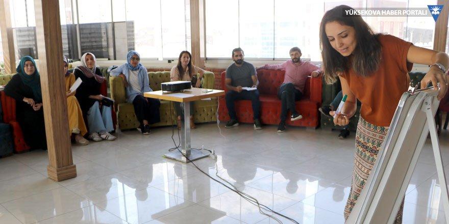 Yüksekova'da 'Toplumsal Cinsiyet Eşitliği' eğitimi