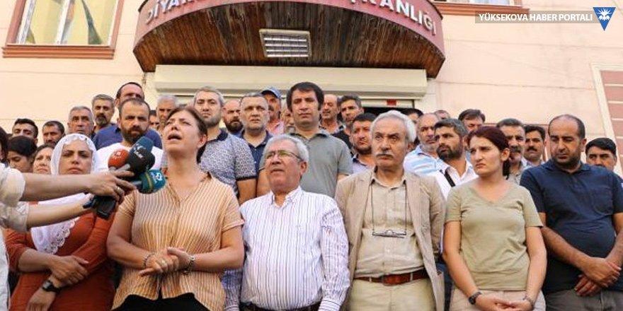 HDP'li Beştaş: Kayyım ancak banyo yapabilir