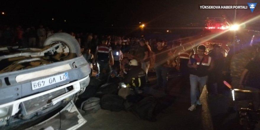 Van'da mültecileri taşıyan minibüs kaza yaptı: 43 yaralı