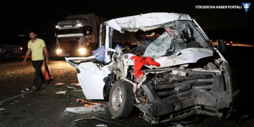 Diyarbakır'da kaza: 8 yaralı