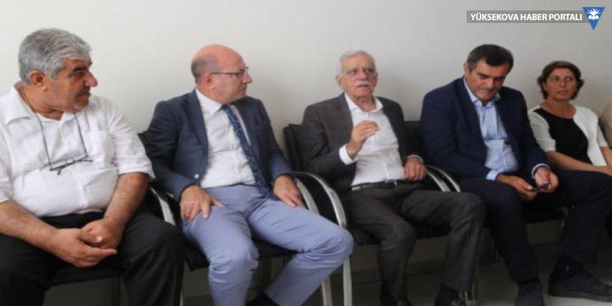 CHP'den Mardin'e ziyaret: Güçlü dayanışma şart