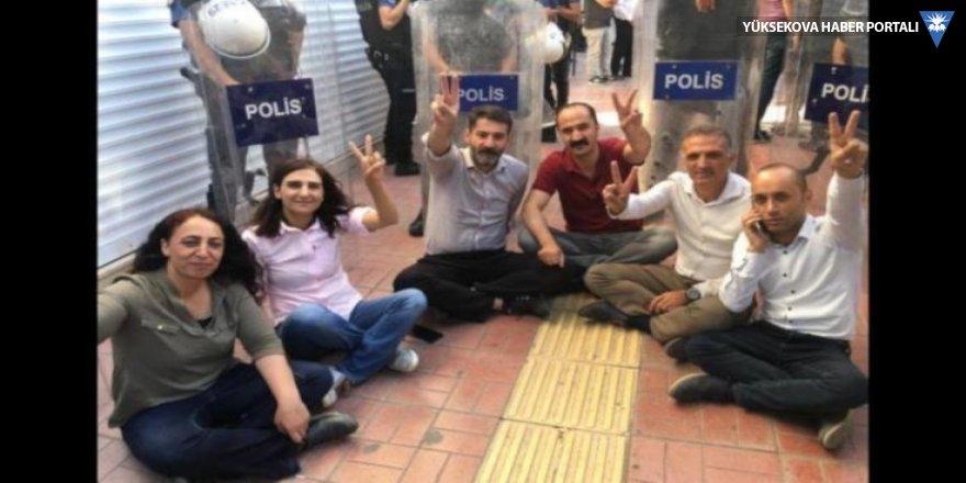 HDP'li vekiller sivil itaatsizlik eyleminde