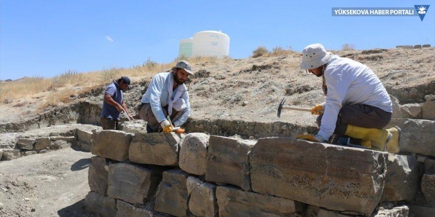 Urartular depreme karşı 'kilitli taş' kullanmış