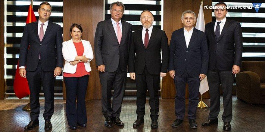 HDP'den TÜSİAD'a ziyaret: Kayyımlar görüşüldü