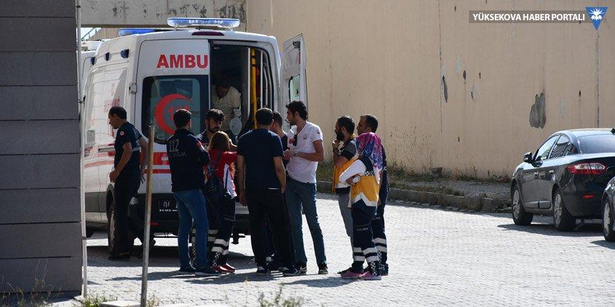 Ağrı'da trafik kazası: 2 ölü, 30 yaralı
