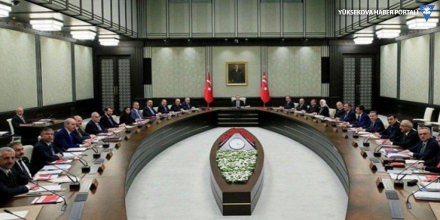 Murat Yetkin: Babacan başlıyorken Bakanlara papatya falı