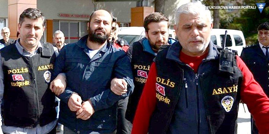 Dört akademisyeni öldüren Bayar 'sıkıldım' diyerek duruşmadan ayrıldı