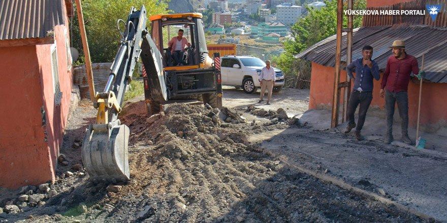 Hakkari Belediyesi'den asfalt çalışması