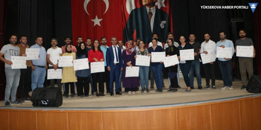 Yüksekova Sosyal Hizmet Merkezi'nde sertifika töreni