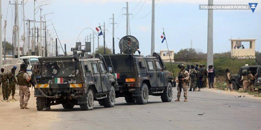 Somali'de Batılı hedeflere ikiz saldırı