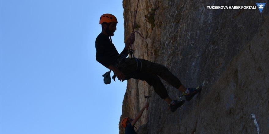 Hakkari'de geleceğin dağcıları yetişiyor