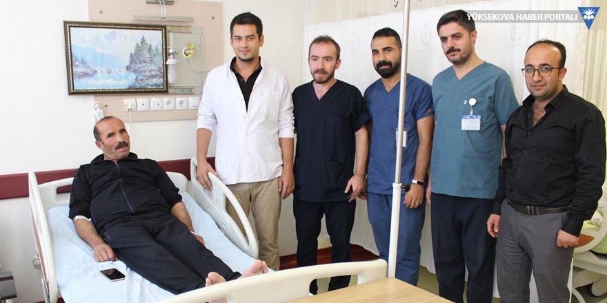 Şemdinli'de sinüzit ameliyatı yapıldı