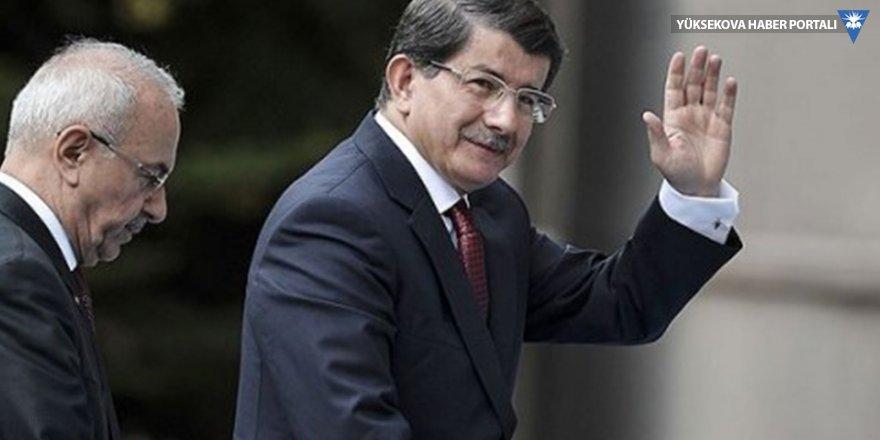 Davutoğlu kuracağı partinin yol haritasını açıkladı