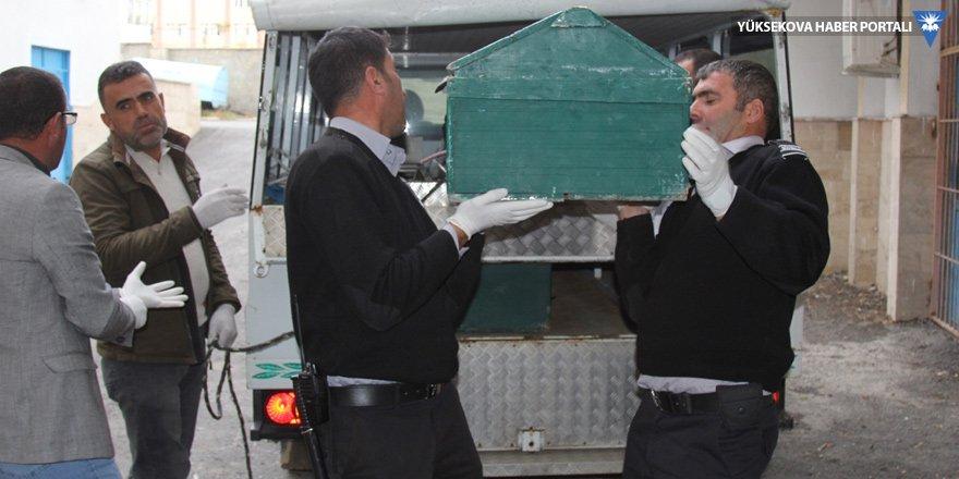 İran sınırında 2 ceset bulundu