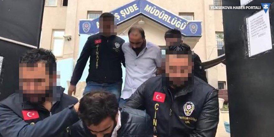 Van'da tehditle senet imzalattıkları iddiasıyla 3 zanlı tutuklandı