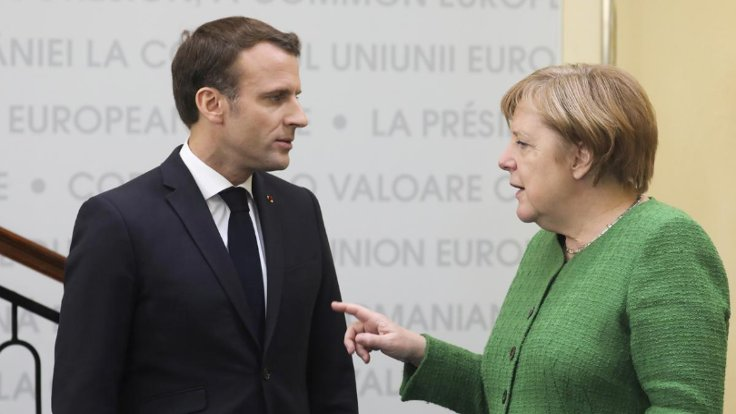 Merkel'den Macron'a: NATO'dan vazgeçmeyiz