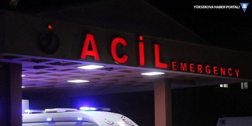 Van'da öğrencileri taşıyan servis minibüsü şarampole devrildi: 15 yaralı