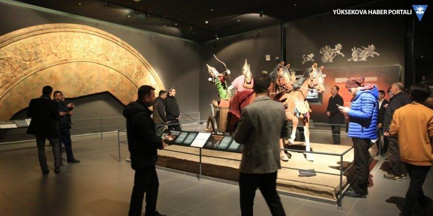 Van Müzesi'nin tanıtımı için buluştular