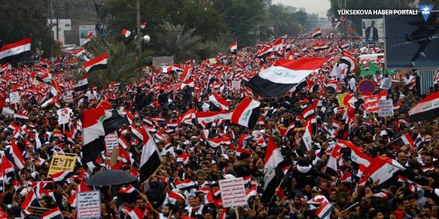Bağdat'ta ABD protestosu: Askerlerinizi çekin