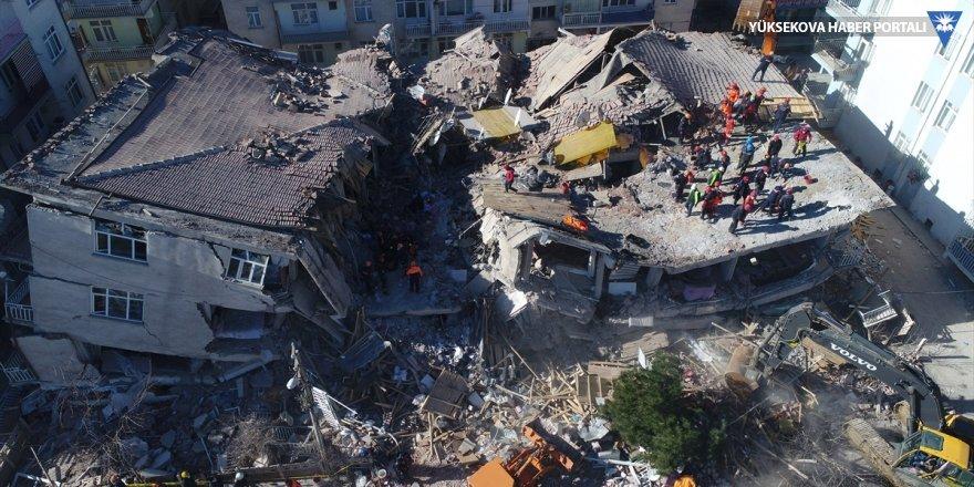 Deprem bölgesinde görev yapan personele tazminat