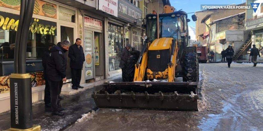 Şemdinli'de kar temizliği