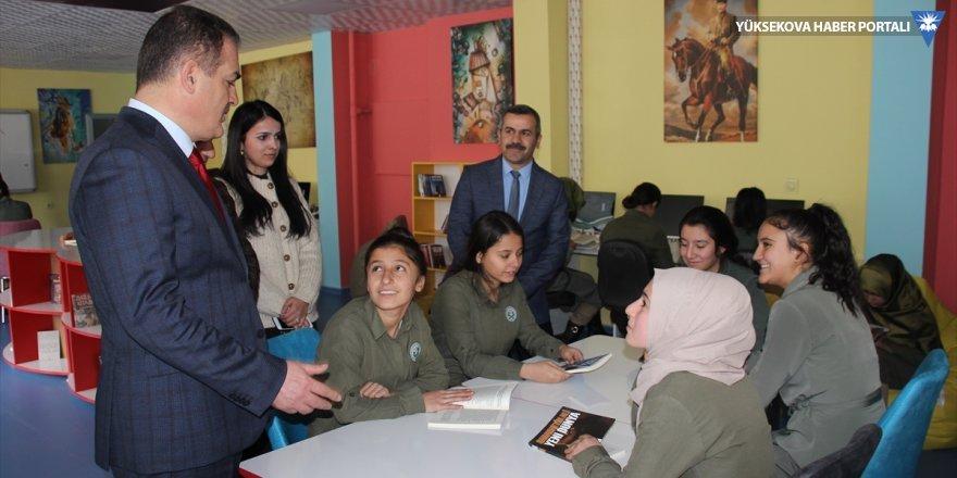 Hakkari'de Z-Kütüphane açılışı