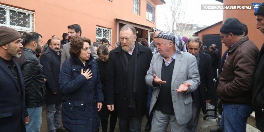 HDP ve DBP heyeti çığ altında kalanların taziyesine katıldı