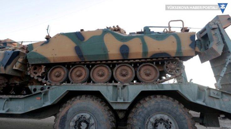 Rusya: Türkiye, İdlib'e yüzlerce askeri araç gönderiyor