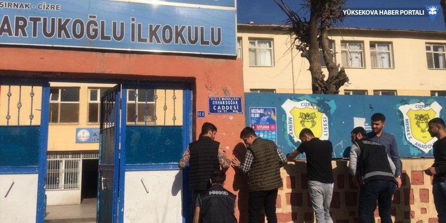 Cizre'de okul önlerinde uyuşturucu denetimi