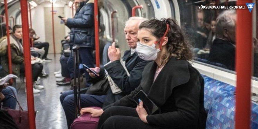 Koronavirüs: Otobüse, metroya veya uçağa binmek ne kadar riskli?
