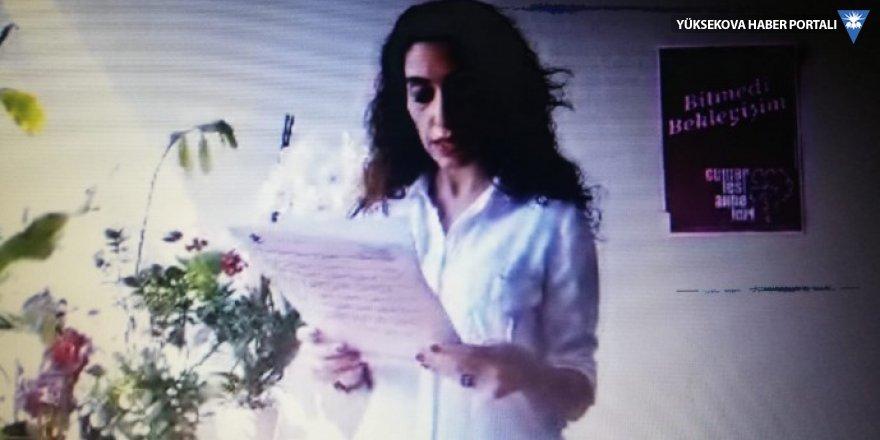 Cumartesi Anneleri kaybedilenlerin akıbetini canlı yayınla sordu