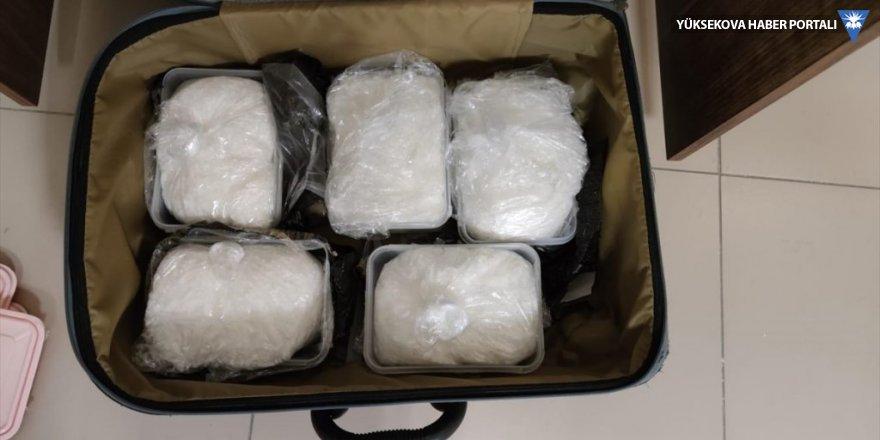 Van'da 5 kilo 972 gram metamfetamin ele geçirildi