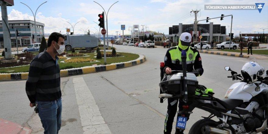 Van'da sokağa çıkma yasağına uymayan 726 kişiye para cezası