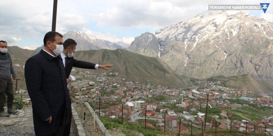 Hakkari Valisi Akbıyık, Mir Kalesinde incelemede bulundu