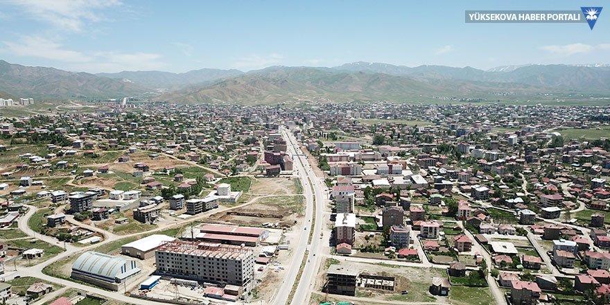 Yüksekova'daki su sorununa vatandaşlardan tepki