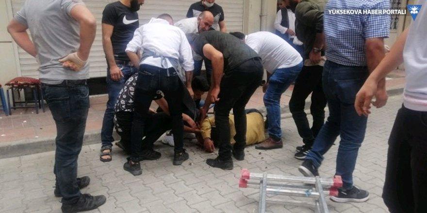 Van'da iki ayrı kavga: Bir ölü, 6 yaralı!