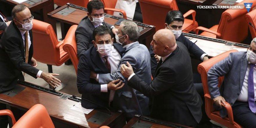 Meclis 'Kürt düşmanısınız' kavgasıyla kapandı